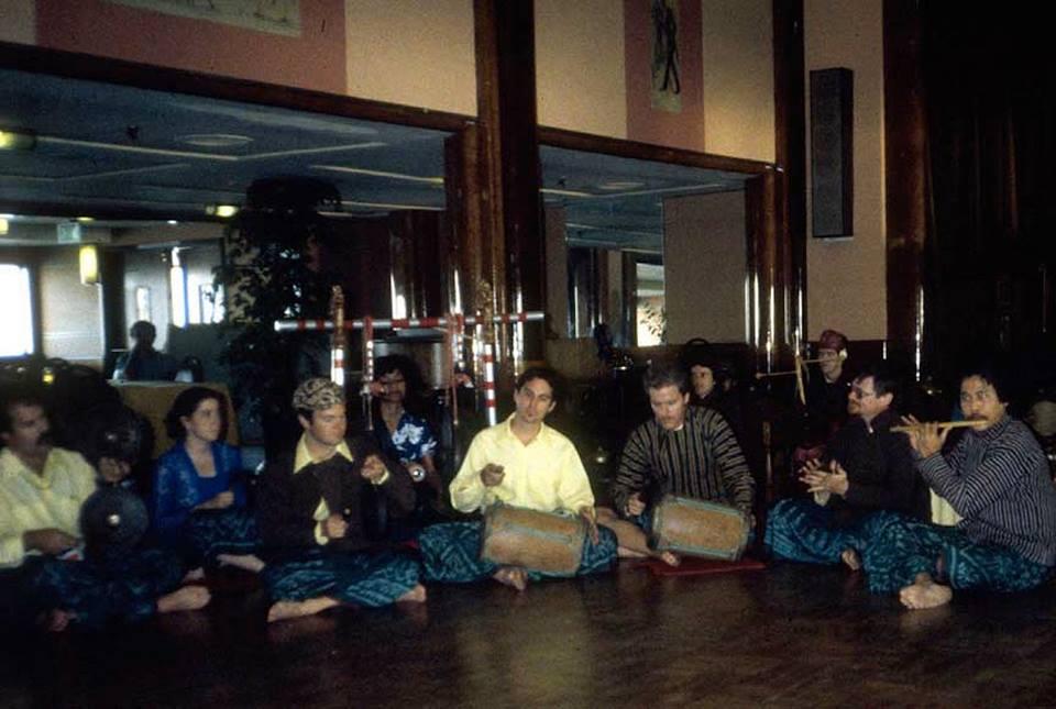 Sumatran Mandailing Ensemble, dir. Rizaldi Siagian. Queen Mary, 1984 (playing gondang [drum]}