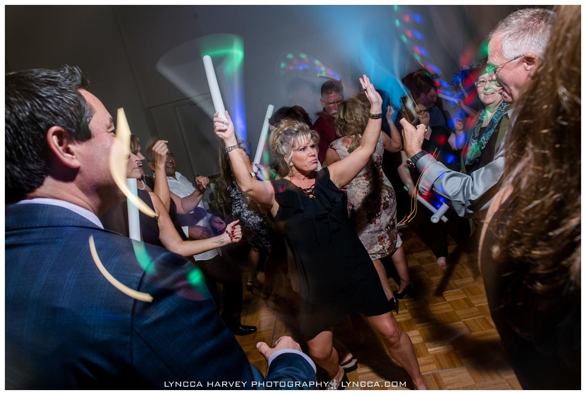 Flashing Lights & Dancing